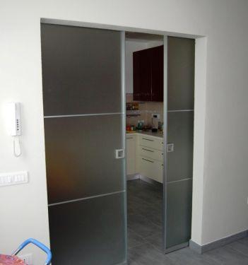 Porta interna scorrevole a scomparsa alluminio vetro - Vetro per porta interna ...