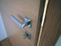 Porta da interno a battente in legno