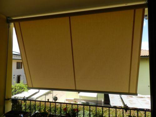 Tenda da sole da esterno a caduta con braccetti for Tende da esterno obi